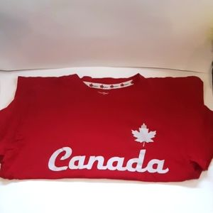 Other - Mens XL Canada shirt red & white short sleeve